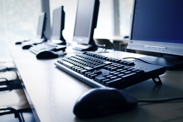 1 in 2 employees think their PCs are outdated: Report