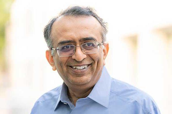 VMware Ropes In Raghu Raghuram As CEO